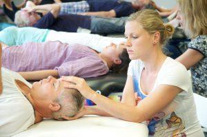 Praxisnahe Qi Gong Ausbildung in modern ausgestatteten Schulungsräumen in München