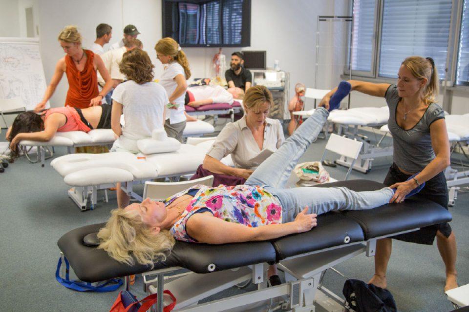 Modernste Technik in den Ausbildungsräumen der Medizin und Lebenskunst Akademie in München